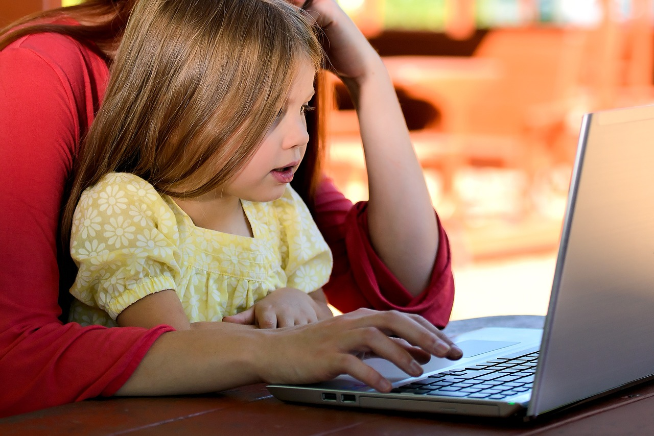 командная работа ребенка и родителя - основа сервиса Профилум